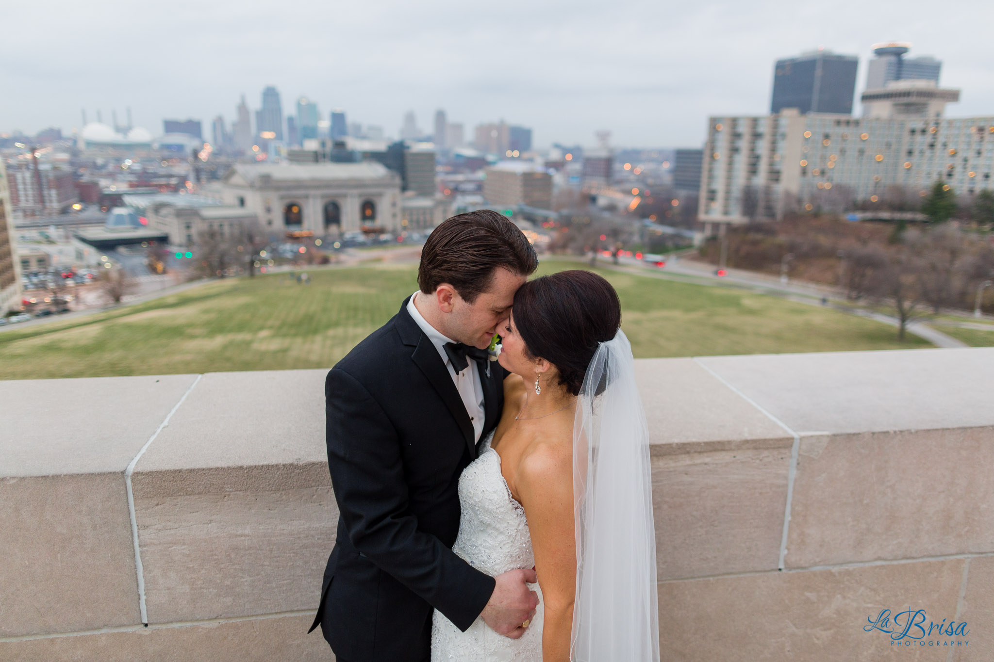 Kansas City Wedding Photography Chris Hsieh La Brisa Photographer