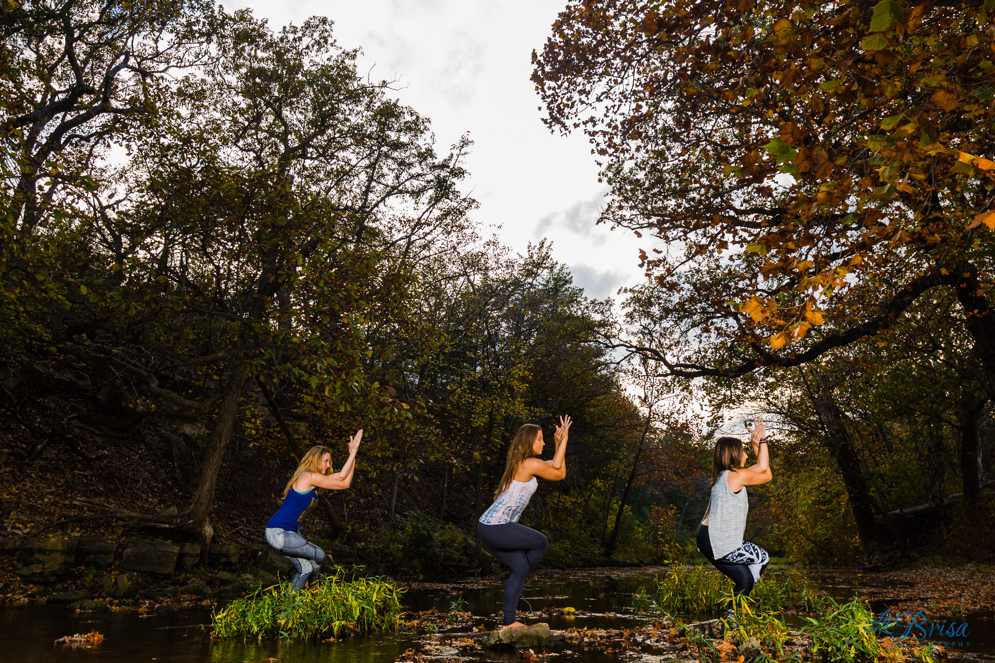 outdoor-yoga-poses_002