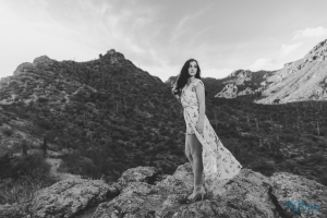 flowy dress senior portrait pose gates pass